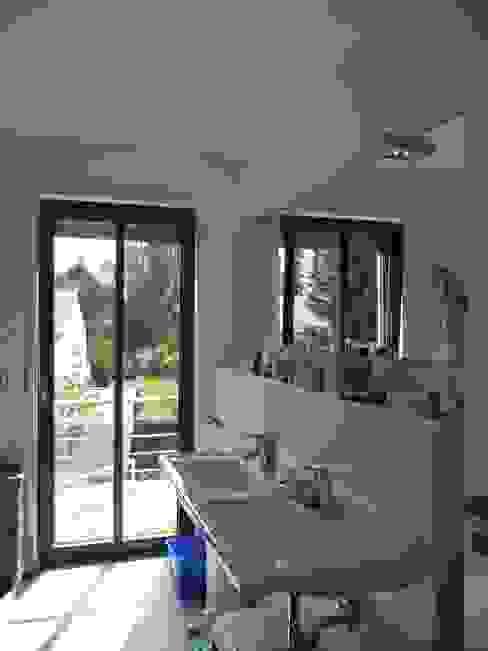 Ванные комнаты в . Автор – waldorfplan architekten, Минимализм