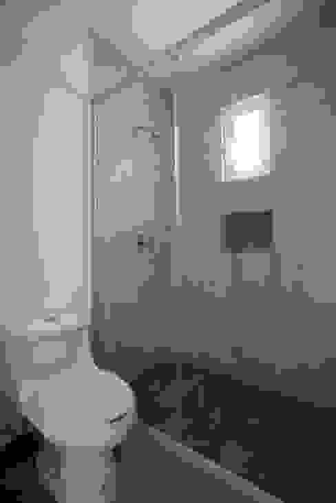 Baño:  de estilo  por JF ARQUITECTOS, Minimalista