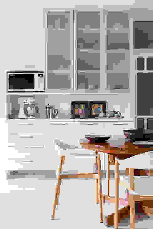 mmagalhães estúdio_Apartamento Parque mmagalhães estúdio Cozinhas modernas