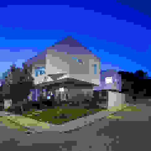 Casa 2V Casas modernas por br3 arquitetos Moderno