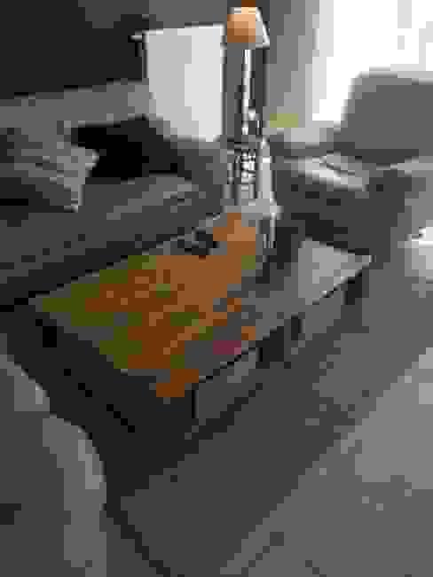 Living room by L'Atelier Zora