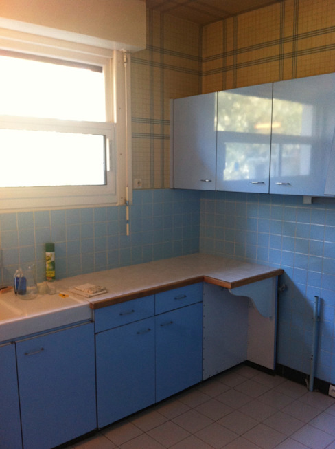 Cocinas de estilo clásico de Concept Home Setting Clásico