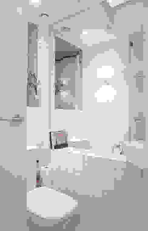 Baños modernos de Studio Pan Moderno