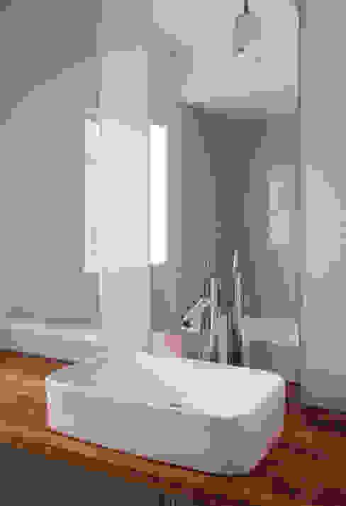 Banheiros modernos por Studio Pan Moderno
