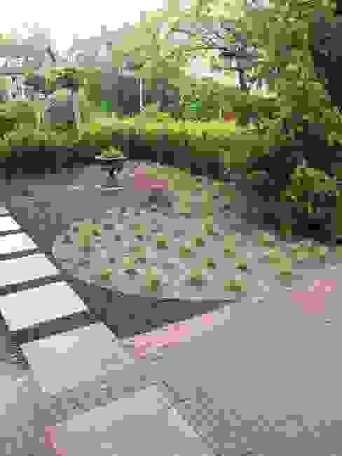Dutch Quality Gardens, Mocking Hoveniers Modern garden