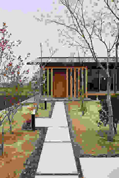 บ้านและที่อยู่อาศัย โดย 青木昌則建築研究所, เอเชียน