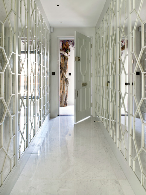Hallway 모던스타일 복도, 현관 & 계단 by Holloways of Ludlow Bespoke Kitchens & Cabinetry 모던