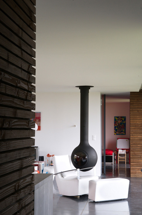 Maison bois et paille Salle à manger moderne par Gallet - Architectes Moderne