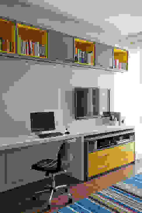 Apartamento - Bairro de Higienópolis por CARMELLO ARQUITETURA Moderno