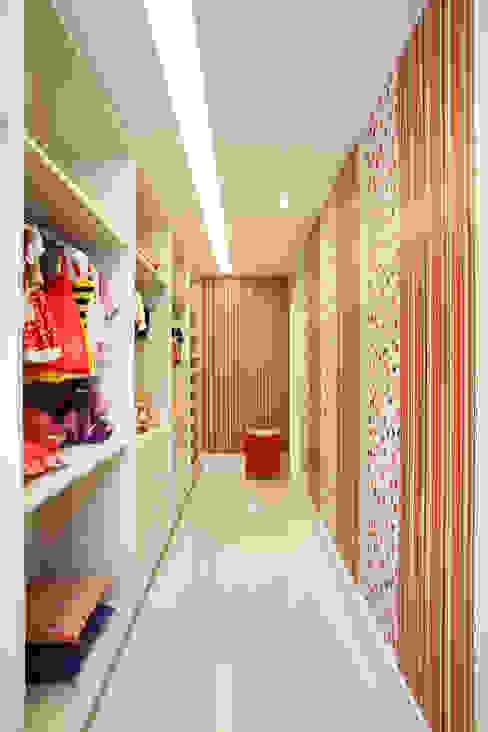 Dormitorios infantiles modernos de Studio Claudia Pimenta e Patricia Franco Decoração de Interiores Moderno