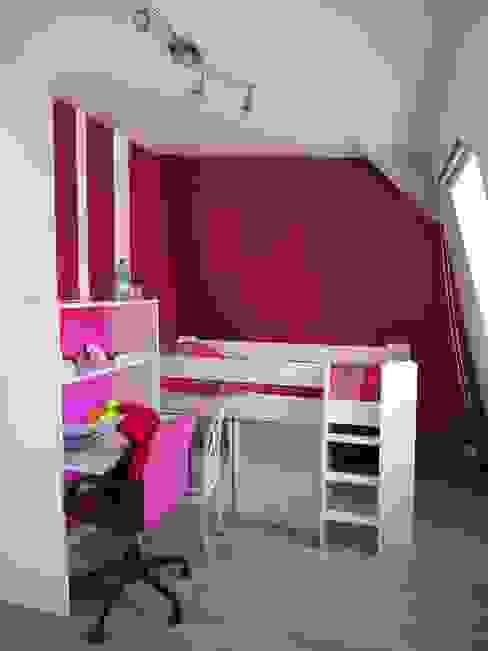 Maison agrandie et rénovée de tous cotés Chambre d'enfant moderne par agence MGA architecte DPLG Moderne