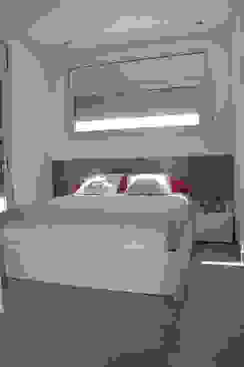 Casa Victor & MªJosé Dormitorios de estilo moderno de Mireia Cid Moderno