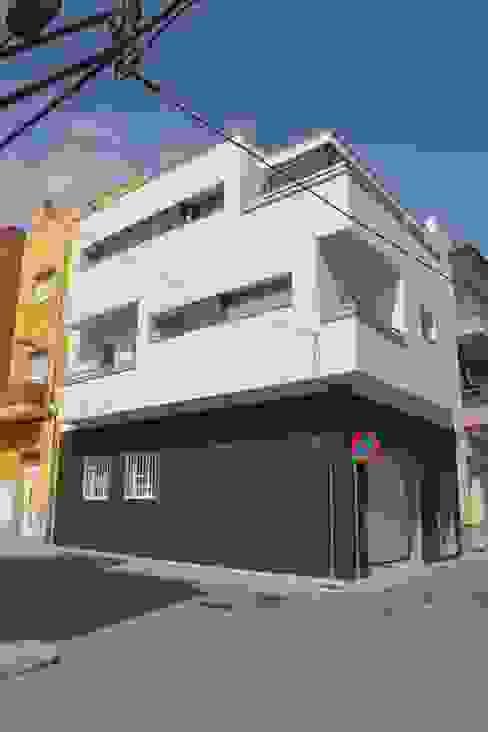 Casa Victor & MªJosé Casas de estilo moderno de Mireia Cid Moderno
