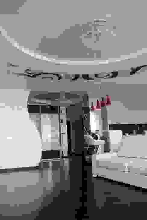 Moderne woonkamers van Студия интерьерного дизайна happy.design Modern