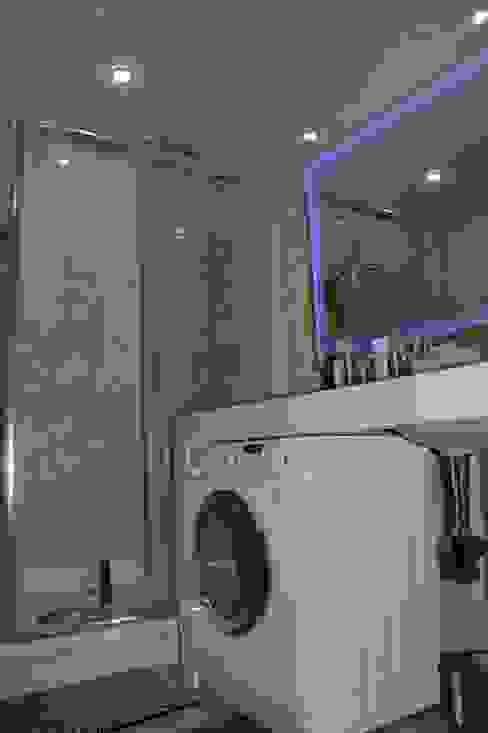 ห้องน้ำ โดย Студия интерьерного дизайна happy.design,