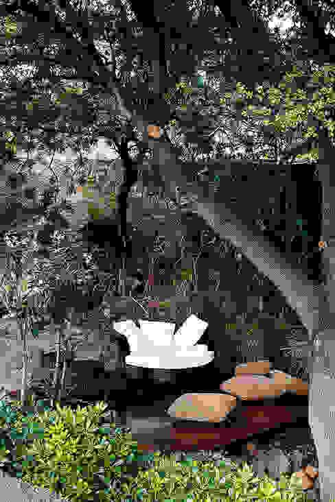 Jardines de estilo  de Engel & Völkers Bodrum, Moderno