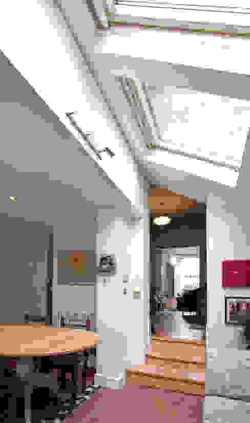 Aden Grove Oleh Bradley Van Der Straeten Architects