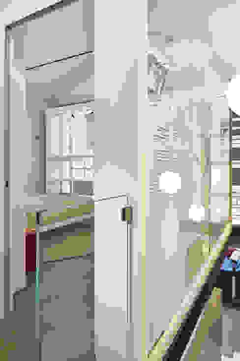 Studio ARTIFEX Couloir, entrée, escaliers minimalistes