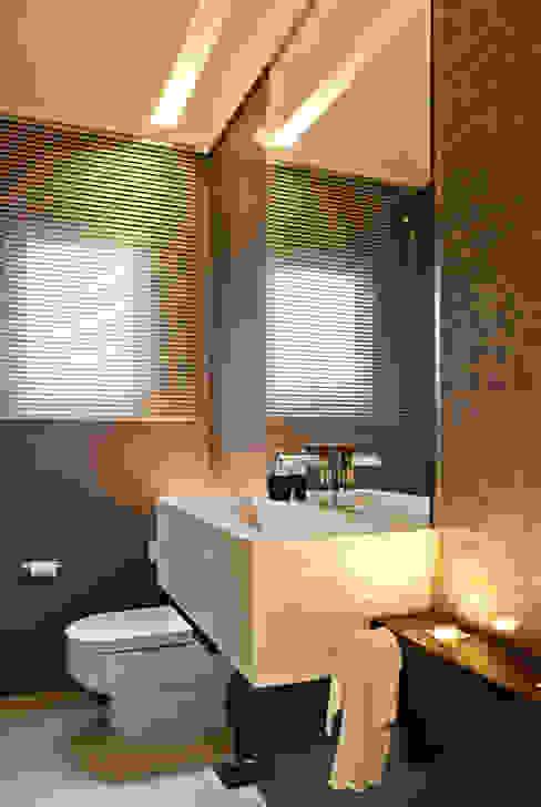 Ванные комнаты в . Автор – Virtu Arquitetura