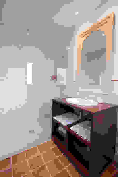 Klassische Badezimmer von Canexel Klassisch