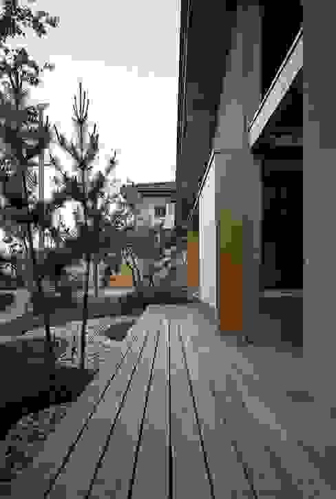 庭つくりの家: 神谷建築スタジオが手掛けた家です。,オリジナル