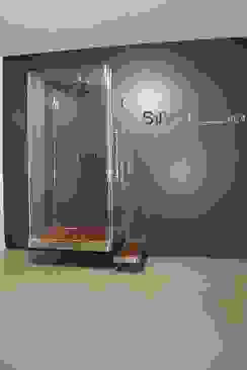 Piatto doccia sospeso P Fly di SILVERPLAT Moderno