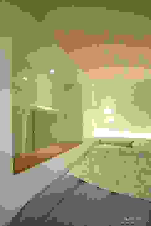 침실: 홍예디자인의  침실,모던