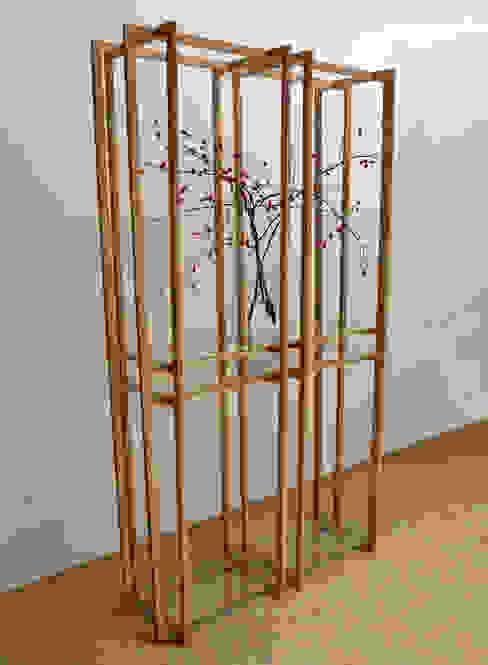 Open vitrinemeubel: modern  door meubelmakerij mertens, Modern