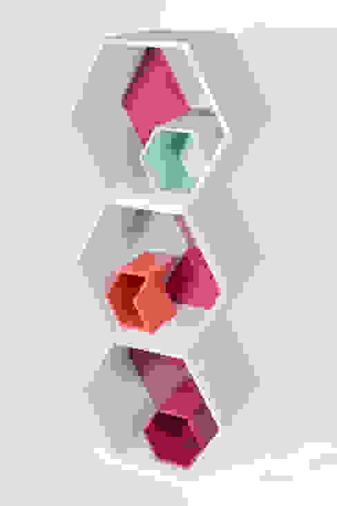 PANAL by APOTEMA de APOTEMA Estudio de Diseño Moderno Tablero DM