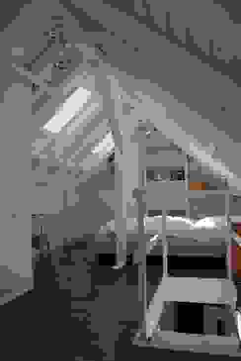 Modern style bedroom by SIMONE JÜSCHKE INNEN|ARCHITEKTUR Modern
