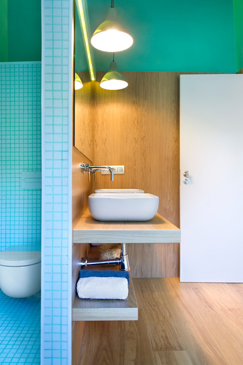 Bathroom by Egue y Seta, Modern