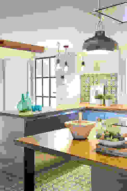 Cocinas modernas: Ideas, imágenes y decoración de Egue y Seta Moderno