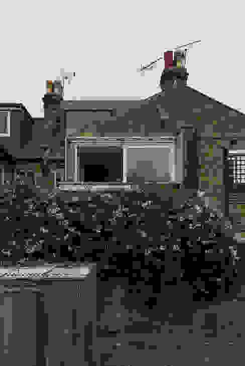 APARTMENT IN AMBERGATE STREET, Kennington, London, 2012 Modern houses by Francesco Pierazzi Architects Modern