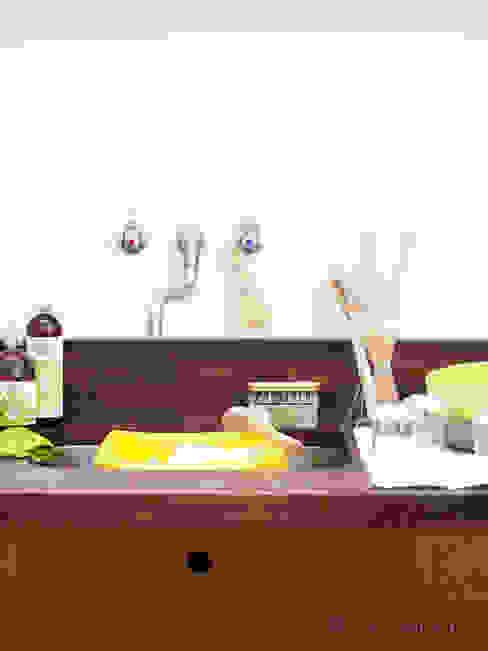 Kitchen Iris Hantverk Cocinas de estilo minimalista