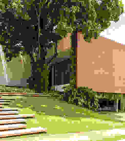 RESIDÊNCIA RMJ Casas modernas por Felipe Bueno Arquitetura Moderno