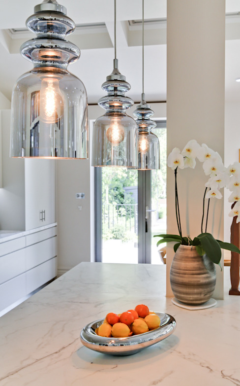 Style and Substance Modern kitchen by Studio Hopwood Modern