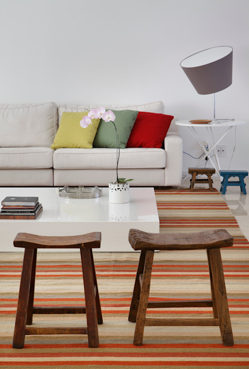 Moderne woonkamers van Ricardo Melo e Rodrigo Passos Arquitetura Modern