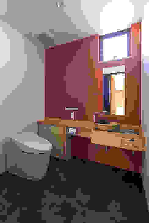 Salle de bains de style  par Egawa Architectural Studio, Rural