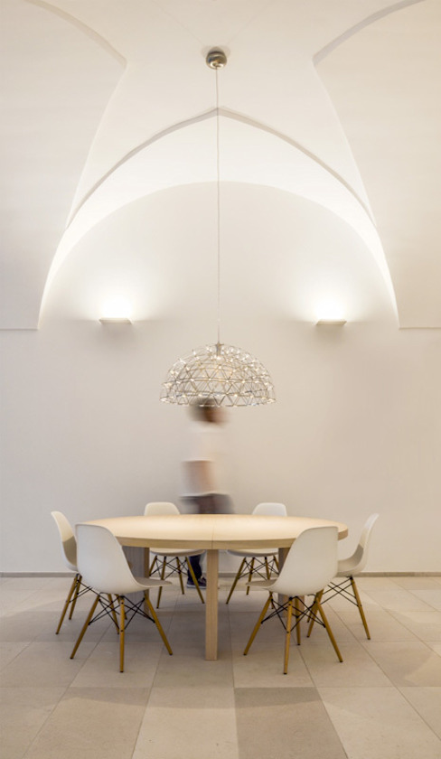 Dining room by sebastiano canzano architetto