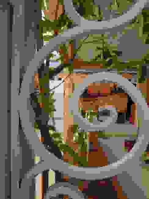 Mauro Contesini Paisagismo.The Gardener Place Minimalist house