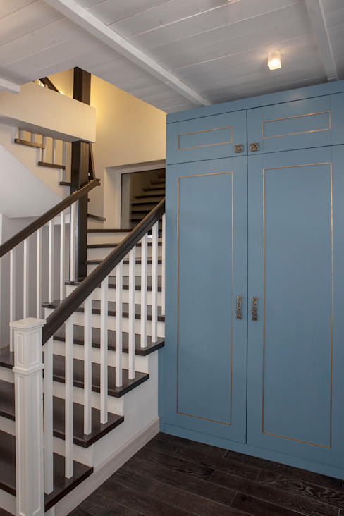 Дом в стиле прованс Коридор, прихожая и лестница в стиле кантри от Мария Бекетова Света Лапина Кантри