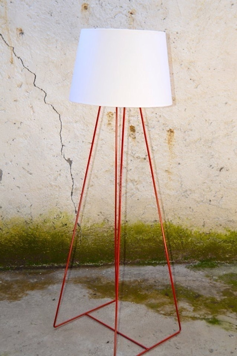 LIGHT LAMP di antoniolaidesign Minimalista