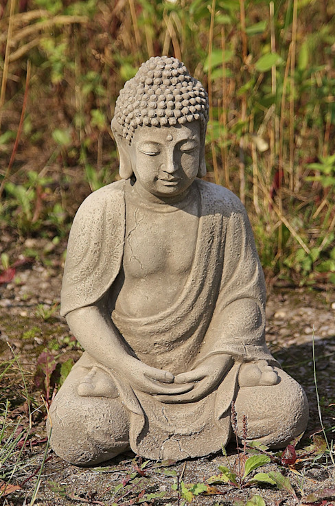 Sitzender Buddha, meditiert von Steinfiguren Horn Asiatisch