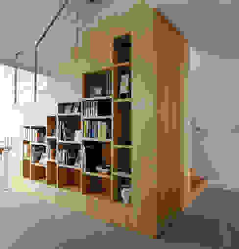 de MBVB Arquitectos Minimalista