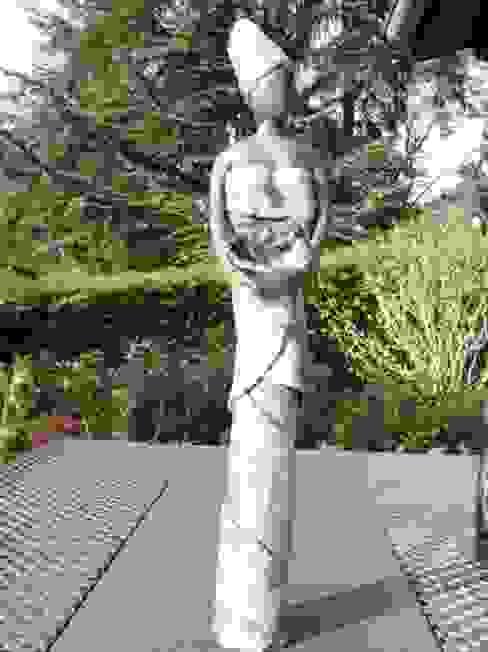 vestale:  de style colonial par Le monde imaginaire du Raku, Colonial