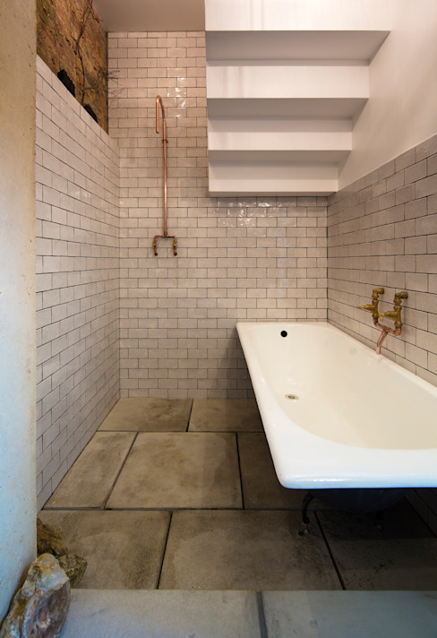 House of Trace Casas de banho minimalistas por TSURUTA ARCHITECTS Minimalista