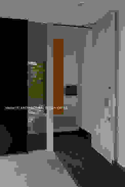 036軽井沢Kさんの家 モダンな 窓&ドア の atelier137 ARCHITECTURAL DESIGN OFFICE モダン