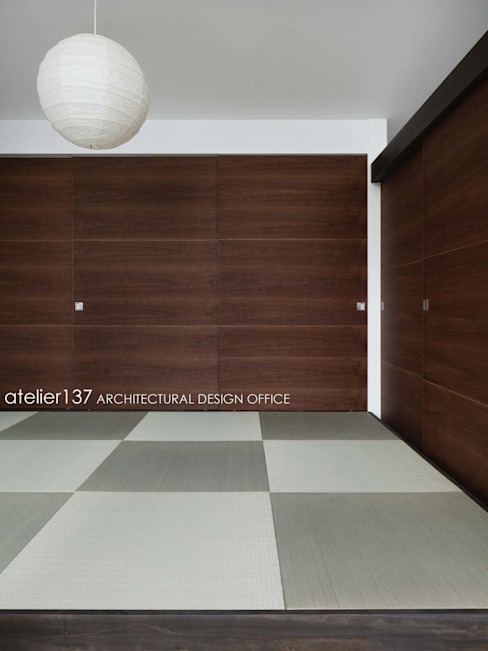 Ruang Multimedia oleh atelier137 ARCHITECTURAL DESIGN OFFICE, Modern Kayu Wood effect