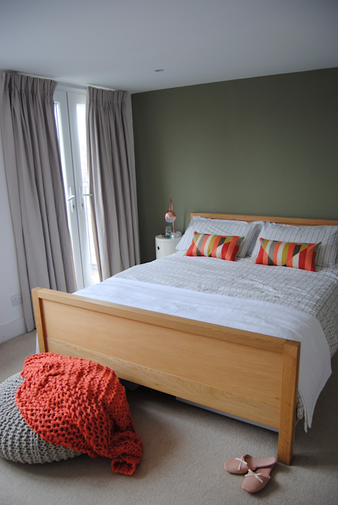 A contemporary London family home Modern Bedroom by Otta Design Modern