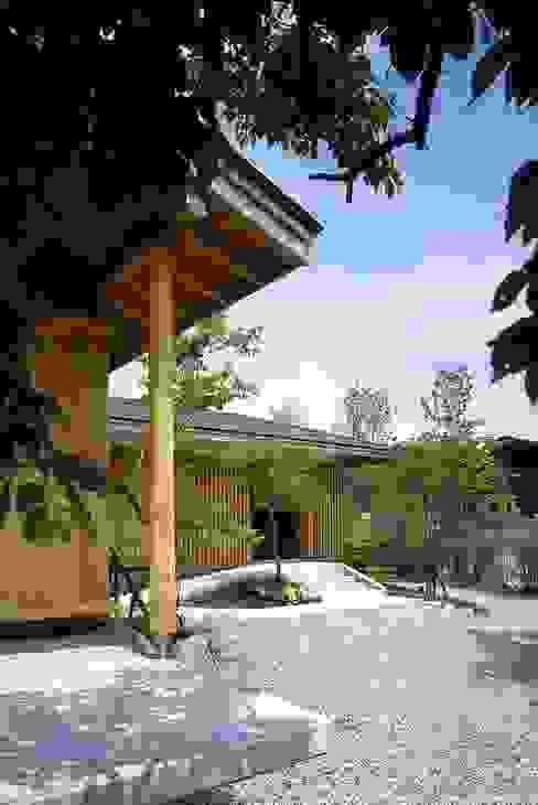 那須高原の家: TAMAI ATELIERが手掛けた家です。,クラシック